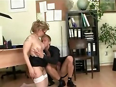 mature fuck in office from Milfaholico .com