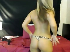 lilan red big biggs mom fuck Blonde Fucks on Cam