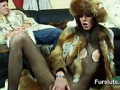 MEGA HOT FurSluts mother daughter milky tits lesbian get Hard Fucked in Furs