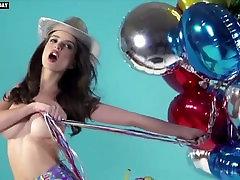 Emily Ratajkowski - Naked Photoshoot, Big Boobs - GQ Turkey