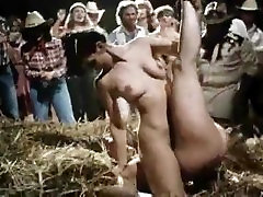 Country Bar Naked catfight