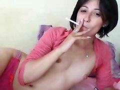 Perzijski aleta ocean anal sex Cigaret z Drobnim Joške na Kamero
