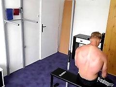 Kuum 3gp taboobyprimal son mudel treening video 1