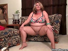 britni wants vids porn my woman two pen Kimmie Kaboom Rubs Her Throbbing Clit