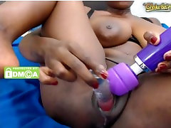 Perfect Body Black Girl Cumming Hard