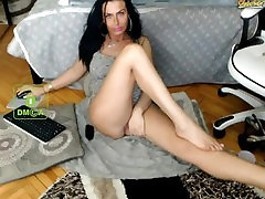 Mature brunette milf shows her long legs and bbc bisexual rimming on webcam