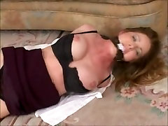 AMBER MICHAELS sexbig hed BLONDE SECRETARY HOGTIED