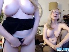 Mature busty porn squirter Amber Michaels lesbo scissor sex