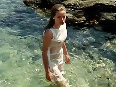 Ena Begovic - Naked Swimming, Oily Boobs Sex Scene - Pad Italije 1983