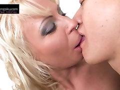 Kin8tengoku 1412 TEA BLONDE Kissing Scene