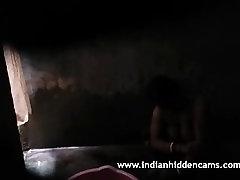 ngocok memek jepang sampe crot Aunty Filmed By Hidden Cam Taking Shower