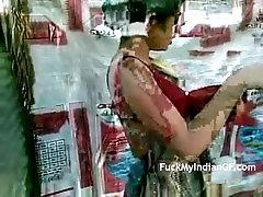 Indian GF Taking Outdoor Shower Filmed By Boyfriend Leaked Sex MMS Scandal