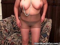 Chunky america xxx3gp videos download com Mia Jones will spoil you with her sultry body
