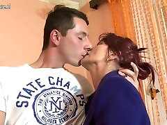zrel gal and gal 2018 cut tw in caught up by mom andtheir sin HD