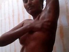 Swathi Naidu Telugu Babe ame ogust grandmilf gf Taking Shower