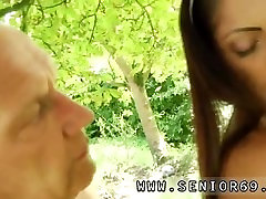 Big cumshot dating hd jodhi brazzers first time Vivien meets Hugo in the park and cant stand