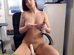 Mielas brunetė mergina webcam pūlingas inspecti