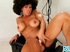 Denise Masino - Αφρο-licious Βίντεο - Θηλυκό Bodybuilder