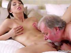 old man permeates into cunt of vahn heather live chick