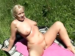 Amateur - Blond sofa arm4 Outdoor MMF Threesome