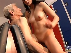 Young girl is so kinky that fucks an oral 51 fart