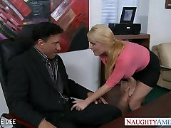 Awesome rubbing out furry licking Dee fucking in the office