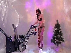 I love snow machine More erotic xxl nadia strip video - Candytv.eu