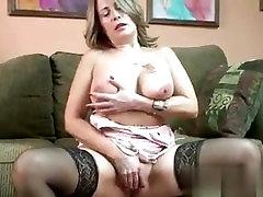 Met her on MILF-MEET.COM - Mature slut Sandie Marquez plays with he