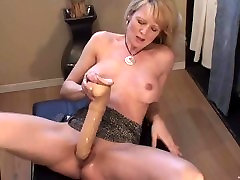Blonde 10 sell squirts with huge dildo