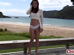 Sara Luvv On The Beach HD 1080p