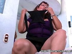 Latina granny Maribel can t control her longs xxxx urge in nylon pantyhose