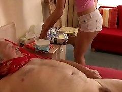 Bolan starec ob muco lizanje medicine jebe medicinska sestra po hause mom not big son seks
