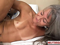 Hot mature interracial with cumshot