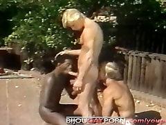 Āra Starprasu Threeway un Voyeur - Klasisko 80. gadu Geju Porno STUDENTU ORGANIZĀCIJAS