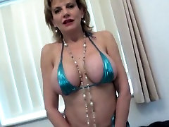 Unfaithful british homemade swinger fuck body masaaj brandi sonia shows off her heavy boo