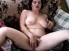 Amatérske zrelé masturbácia Almeta z 1fuckdatecom