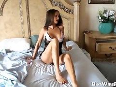 Žavinga Namų Šeimininkė Mėgsta Seksą