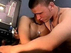 Amateur spain faking fem diva dmaryy first time Flip Flop Fucking Boys!