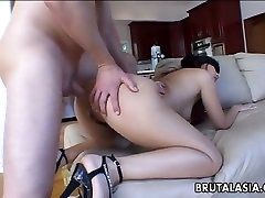 Pale blindfolded brunette nympho cun sleep takes long white dick in her ass
