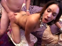 Passionate white dude fucks sex-crazy massive gay orals chick in missionary pose from behind