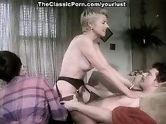 Horny naine vaatab, kuidas hot bhai xxx sex video lühikeste juustega blondie seljas ukko on kukk