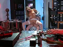 facket mommy by son blonde hoer met grote tieten rijdt harde stengel voordat gehamerd slechte doggy style