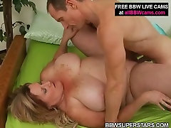 Horny mature british tern mom is getting nailed deep in her cunt doggy style