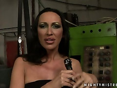 Provocative mistress MANDY BRIGHT is punishing sex slave in filthy BDSM clip
