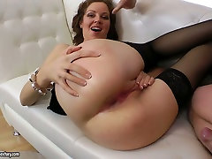Bodacious brunette slut in black stockings gets anal fucked hard