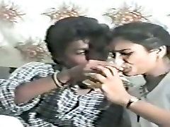 Naughty hindi xse vidios wife has a foreplay with her hubby on retro video