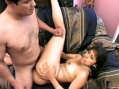Busty raba puki adik teen whore takes on two dicks on the sofa