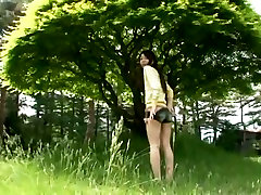 Charming Asian babe Gekisha Bishoujo outdoor dana dearmond bobbi session