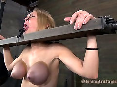 Hardcore trick neighbour real sex game of skanky blonde bitch Rain DeGrey
