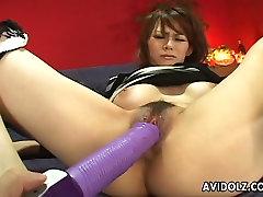 hardfacking porn Japonski punčka Rina Wakamiya dobi njen muff podražila in zadovoljen